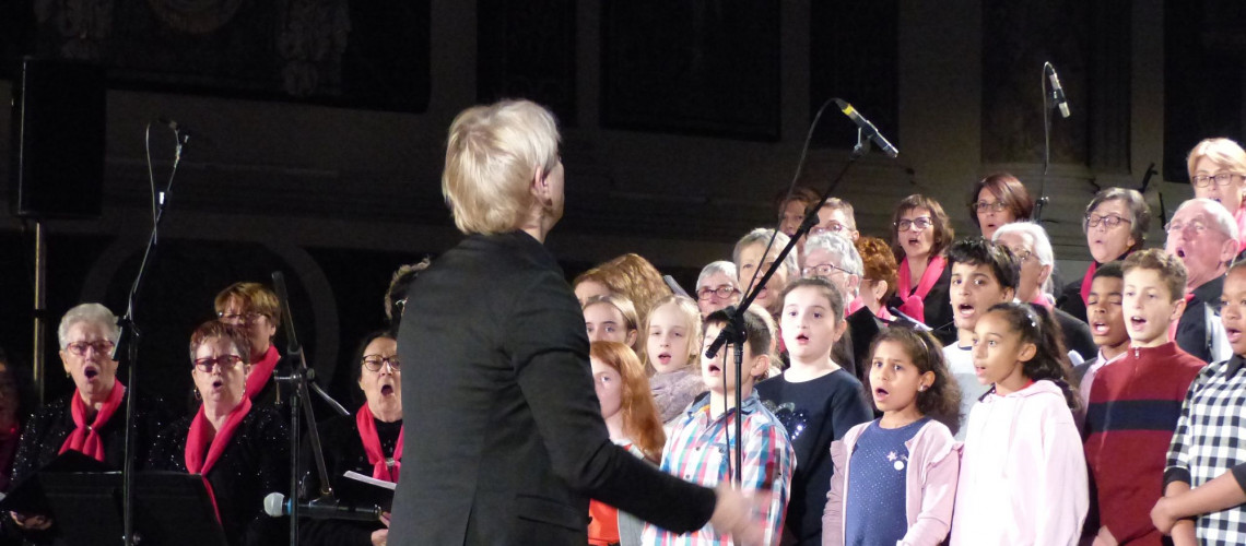 Avec les enfants du collège Bétance de Muret pour Noël